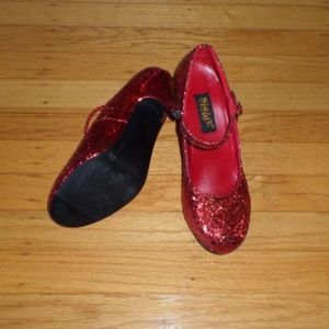 Spirit Shoes - Ruby Red Glitter Dorothy Shoes